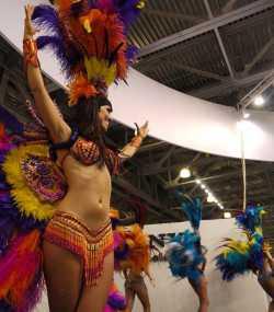 Бразильское шоу на выставке